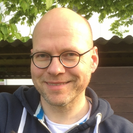 Dirk Schott